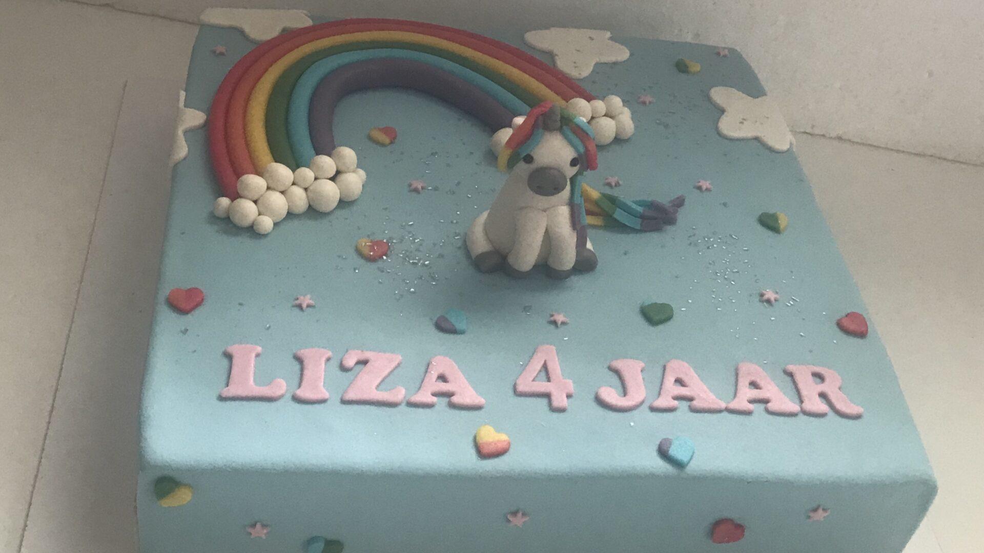 3D Eenhoorn regenboog taart LIZA