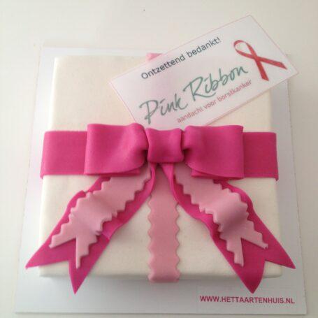 Pink Ribbon taart