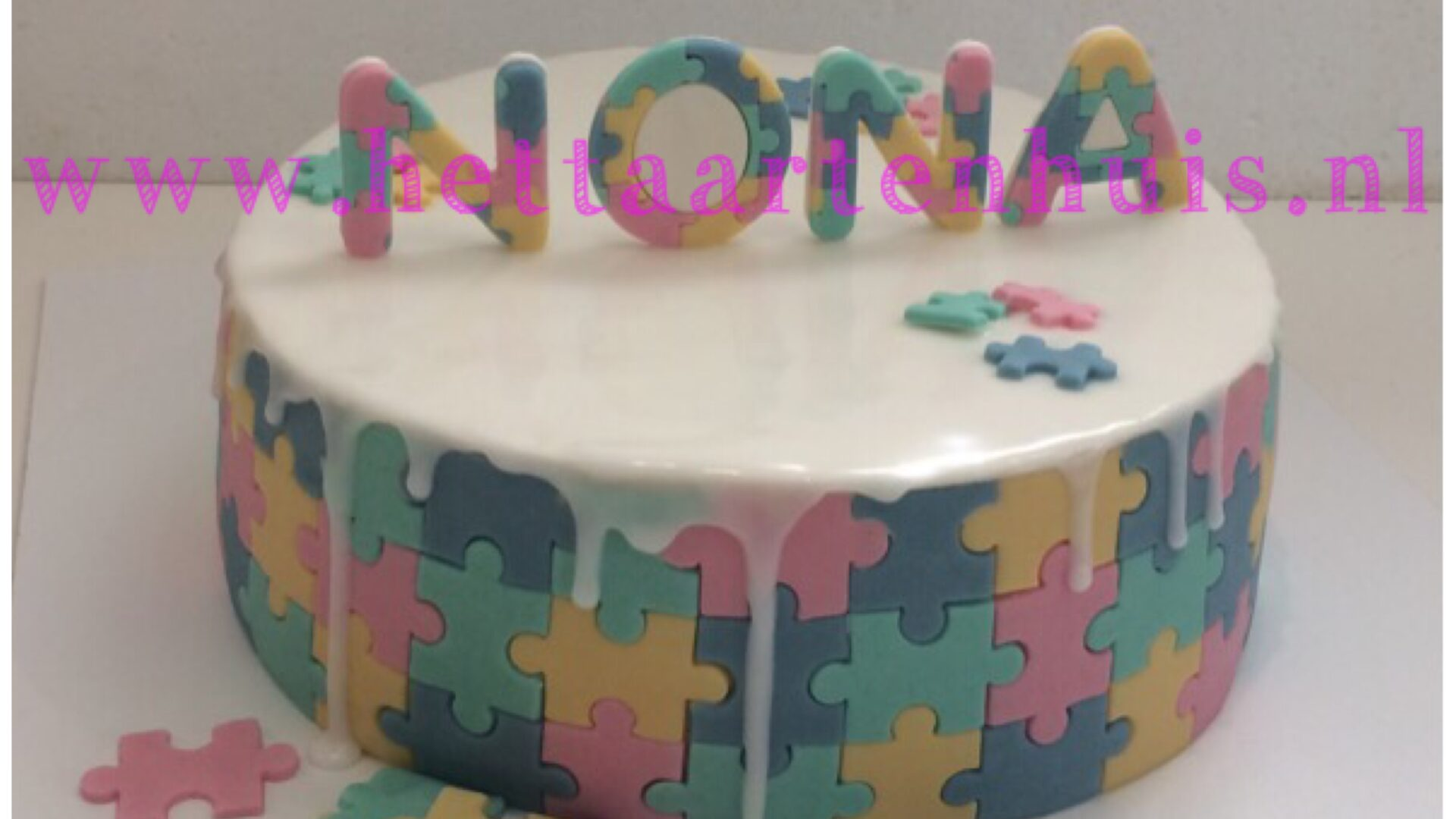 Puzzel drip taart NONA