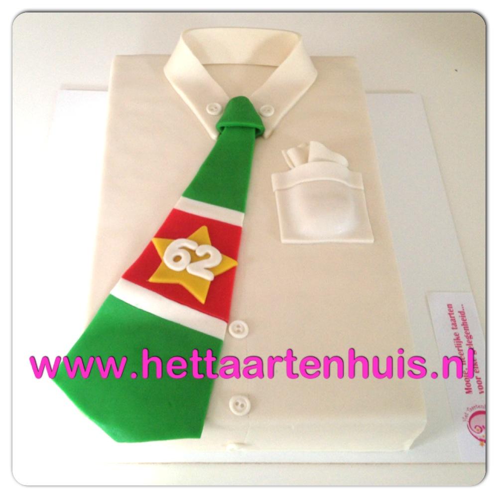Overhemd met das Surinaamse vlag