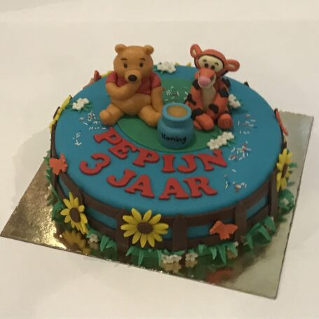 Winnie de Pooh en Teigetje taart