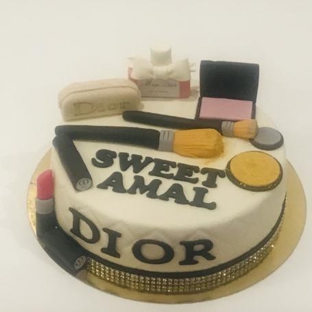 Make-Up taart AMAL