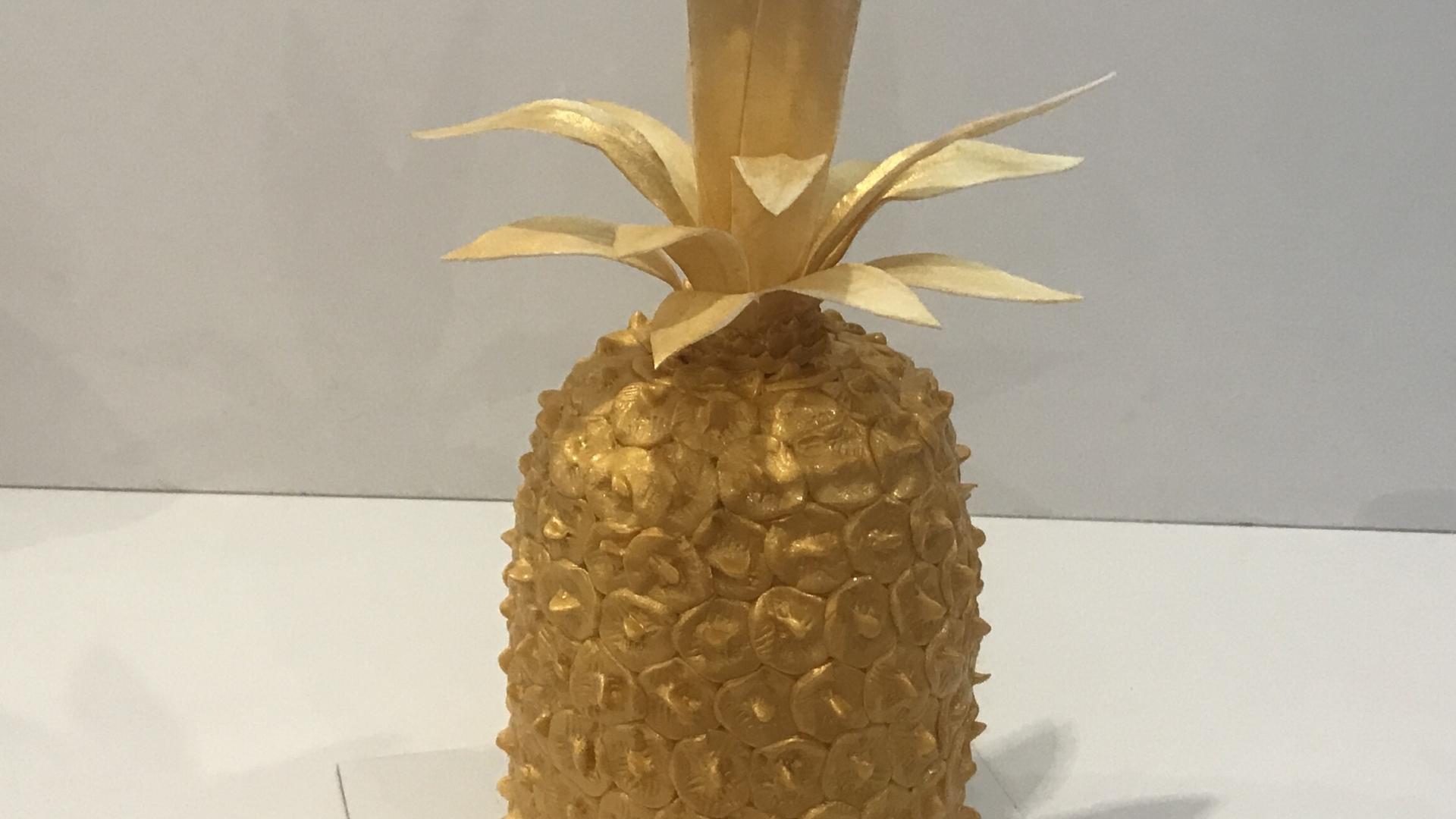 3D gouden ananas taart